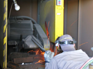 Investment Casting Removal - Cutoff - Dal-Air Investment Castings - Point TX